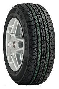 Зимние шины Kumho T04L 7400 175/70 R13 82T — фото